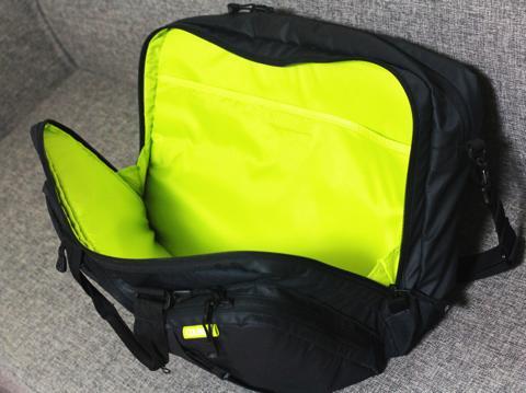 コールマンのバッグ1