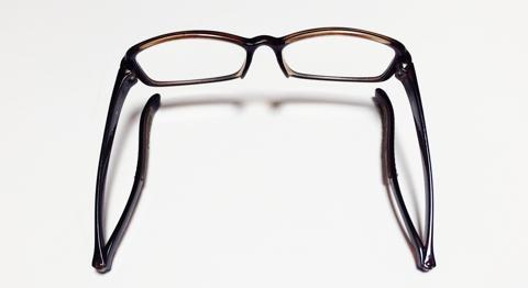 老眼鏡の付け外しが簡単なNeck HUG:10